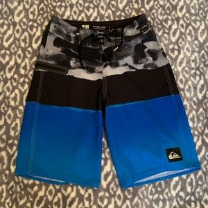 Boys quicksilver swim shorts